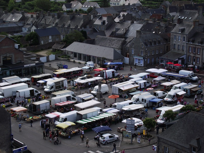 Le marché de saint-pierre-eglise