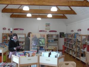 bibliotheque saint pierre eglise