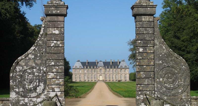 château saint-pierre-eglise