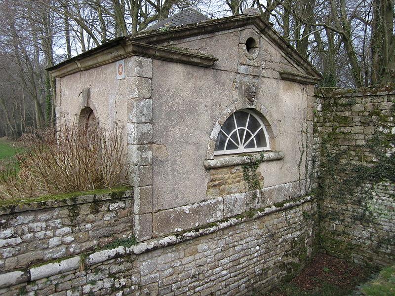 pavillon chateau saint-pierre-eglise