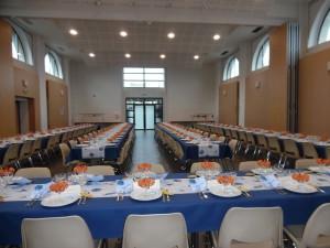Interieur salle Grandes Halles à saint-pierre-eglise